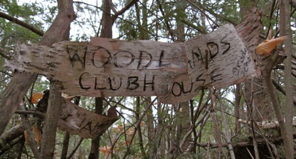woodlands-clubhouse