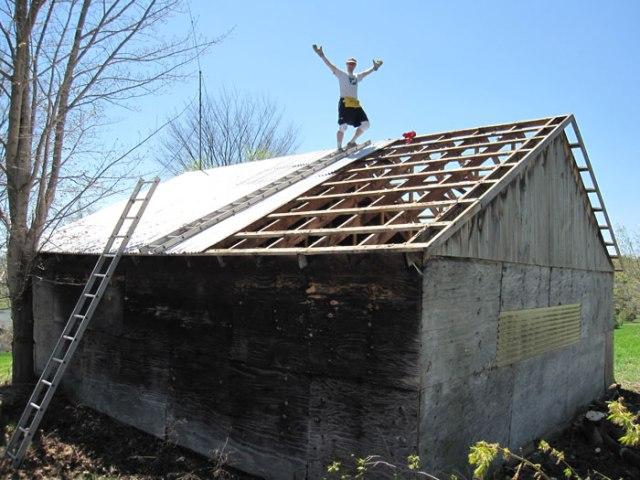 Raze the roof!